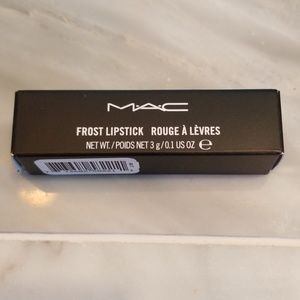*NEW*  AUTHENTIC MAC lipstick